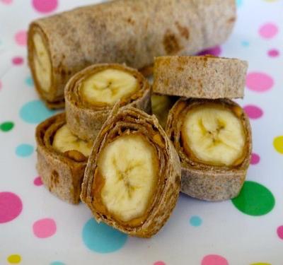 Whole Grain Banana Rolls for Breakfast